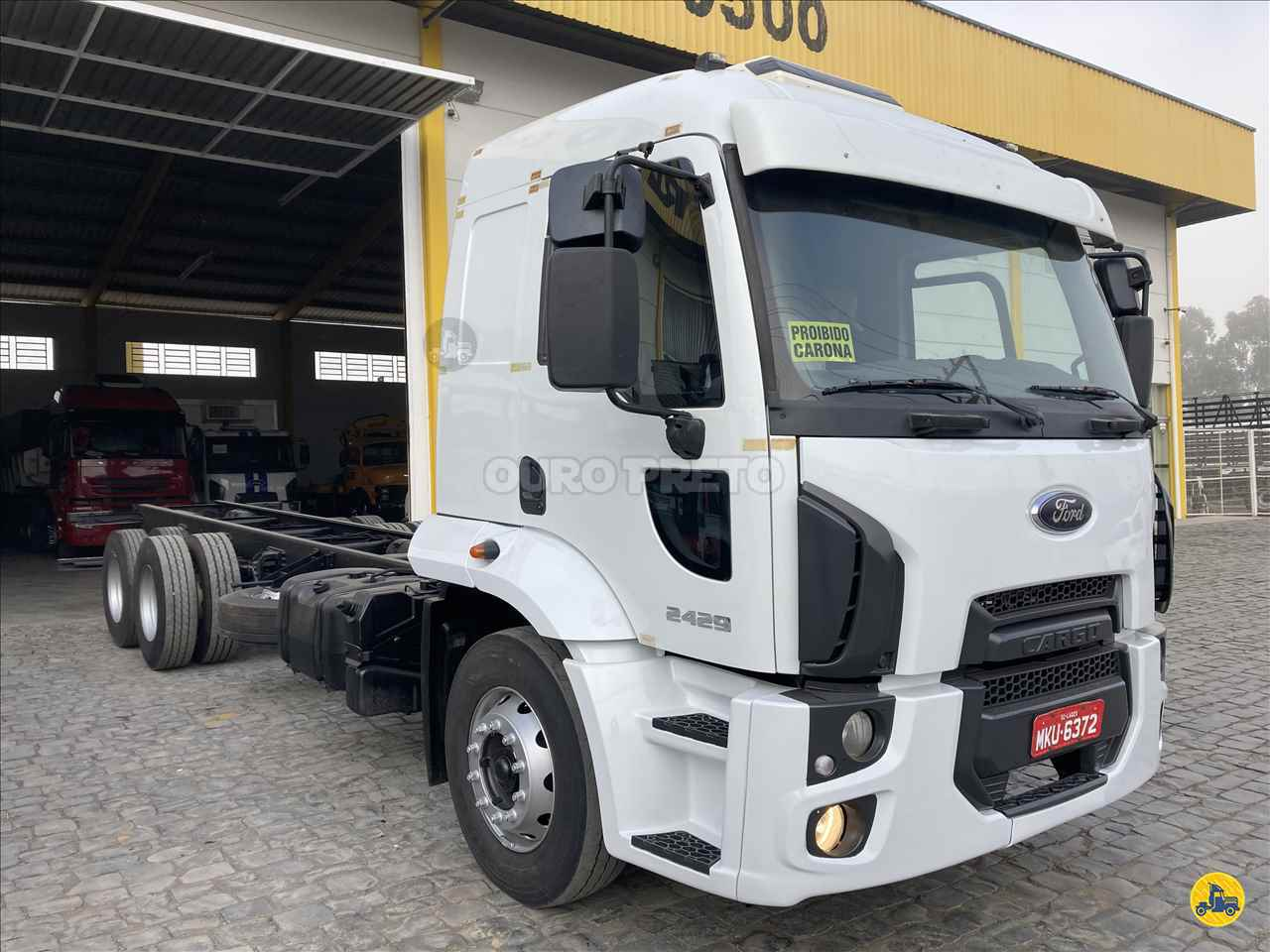 CAMINHAO FORD CARGO 2429 Chassis Truck 6x2 Ouro Preto Caminhões LAGES SANTA CATARINA SC
